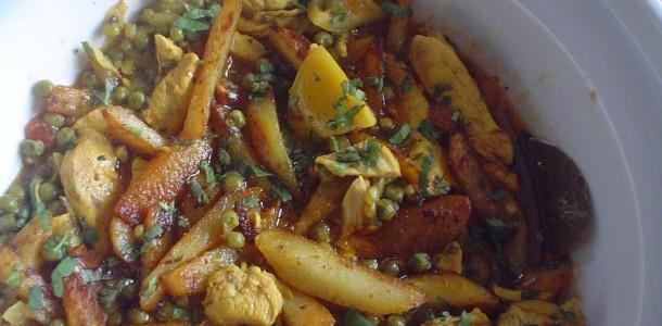 Tajine met erwten, aardappels en kefta