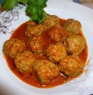 Tajine met gehaktballetjes in tomatensaus en ei