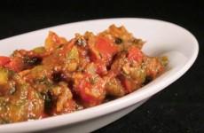 Taktouka salade (geroosterde paprika met tomaat)